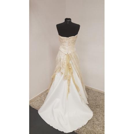 Robe de mariée éclair