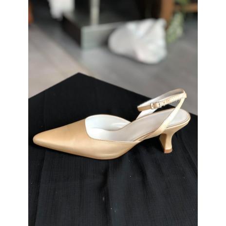 CB193 Chaussures à brides